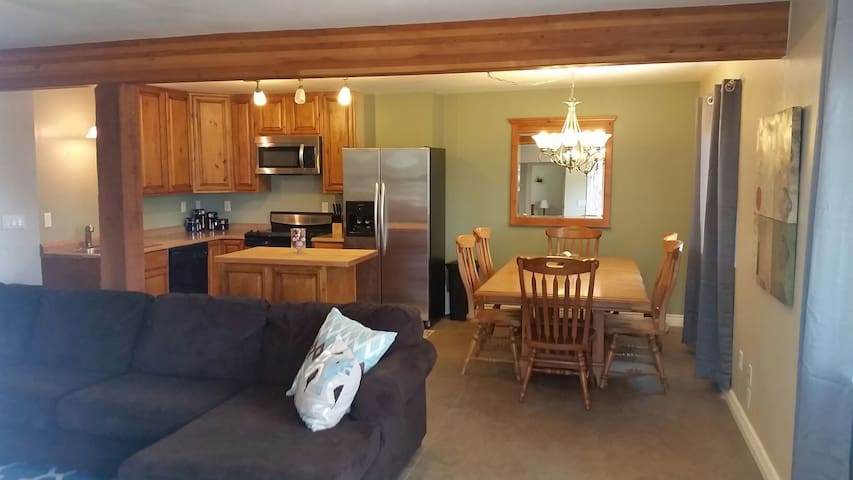 Cozy 2 Bd Centrally Located - Flagstaff - 公寓