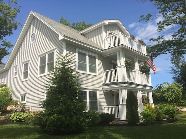 Affordable Family Elegance in Mid-Coast Maine