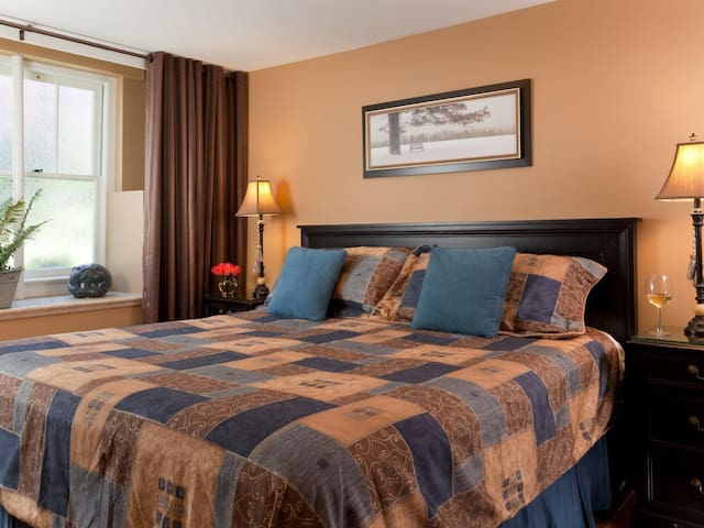 Fabulously comfortable King size bed