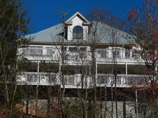 # 3 Private Room in a Fabulous Home Sevierville TN