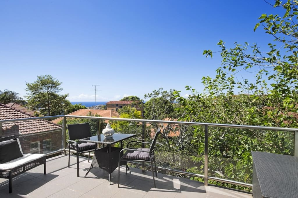 Great deck area with views to ocean and over park