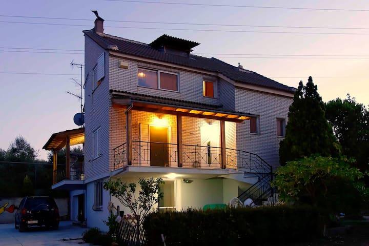 VILA PAPAGIANNOPOYLOS - Kiato - Casa