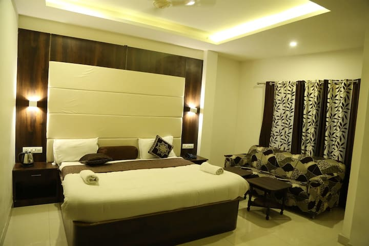 Super Luxurious stay at  Udaipur