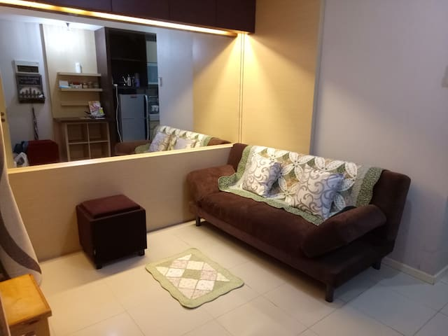 Great Location & Family friendly Apartment - Tanah Abang - Wohnung