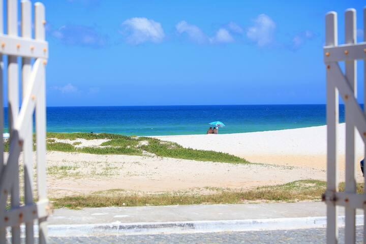 OCEAN FRONT + breakfast - Cabo Frio