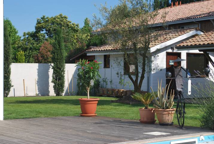 Private room on Bassin d'Arcachon - Le Teich - Bed & Breakfast