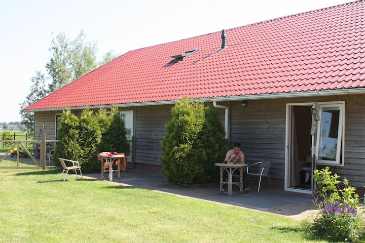 B&B De Weidevogel - Sint Nicolaasga - Bed & Breakfast