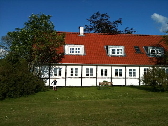 Lovely country house close to CPH - Tollose - Casa