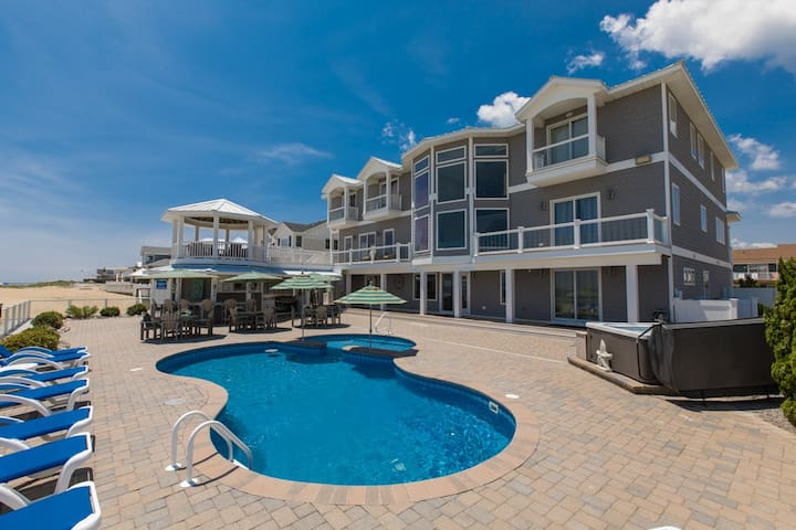 Royal Shell: Royal Shell Luxury oceanfront 10 bedroom mansion with views of the ocean
