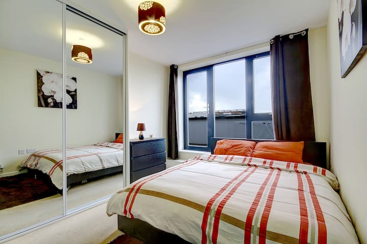 Penthouse Ensuite With Great View