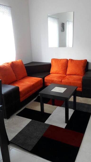 Bonita sala para que disfrutes con tu familia.