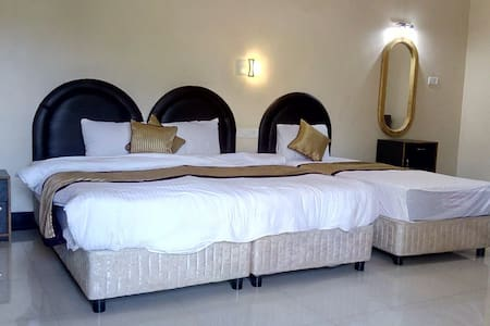 Luxury Rooms Right on the Baga Beach - 3 guests - Baga - Serviceret lejlighed