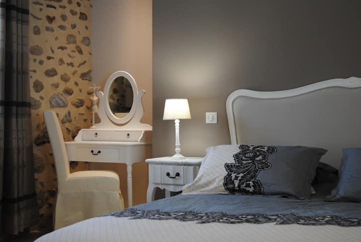 Chambres d'Hôtes Chez Darrouy (chambre Edelweiss)