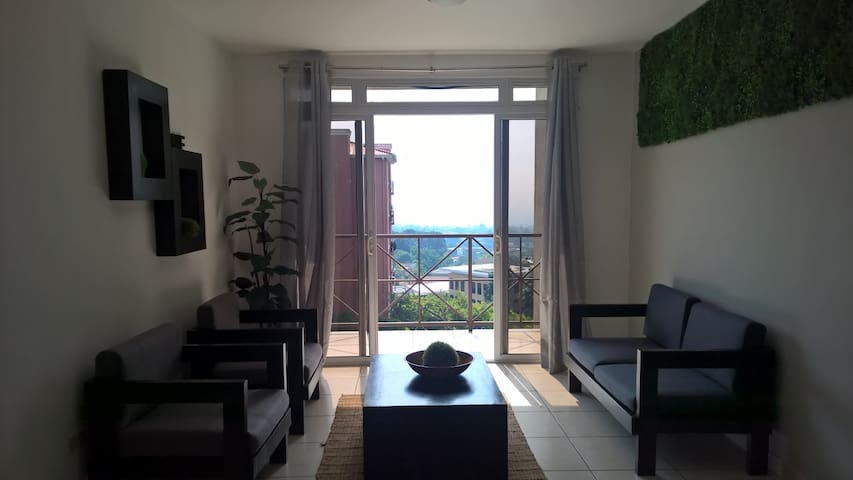 3/3 with security, great location and city view! - San Salvador - Lägenhet