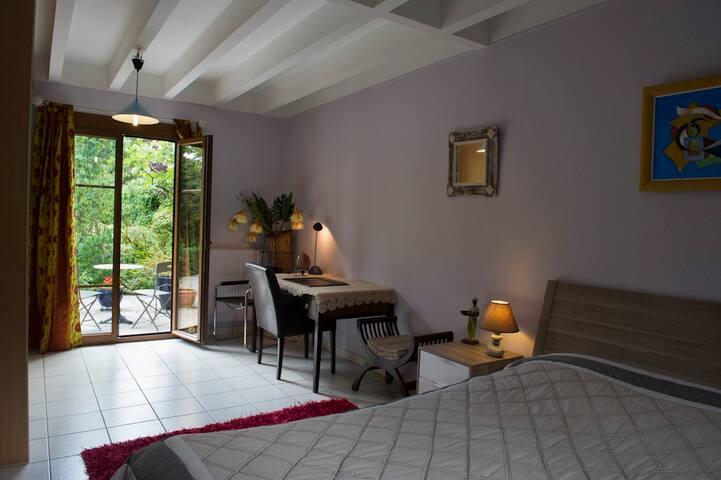 B&B Les Dryades, Dijon Bourgogne  - Hauteville-lès-Dijon - Bed & Breakfast