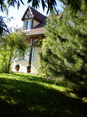 B&B aux portes de Nevers - Coulanges-lès-Nevers - Bed & Breakfast