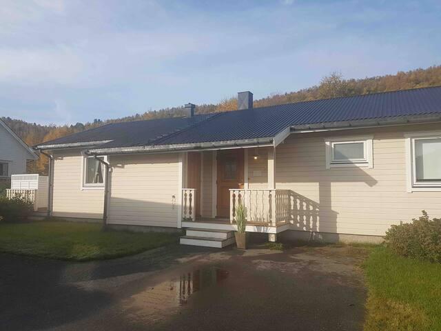 Koselig enebolig på Bardufoss i Målselv Kommune