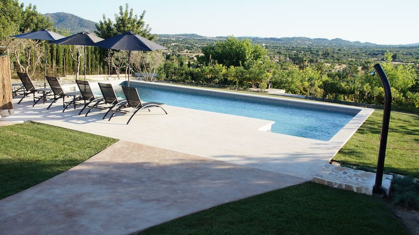 Fully renovated house private garden&pool&garage - Campanet - Villa