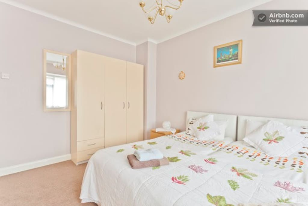 Large double room for 2 people