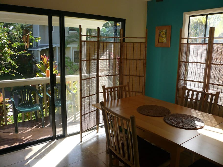 Lanai off of Kitchen/Dining area. Seating outside has been updated.
