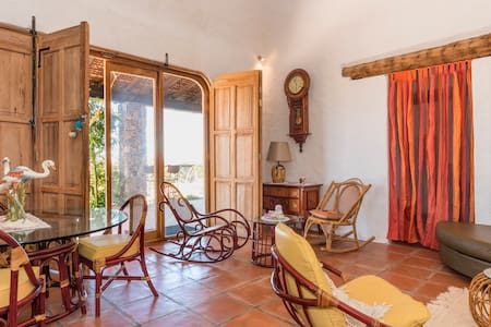 Looking for peace? Wide space house on a hill. - San Miguel de Allende - House