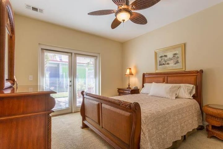Banana Bay 6074 by Perdido Key (3 Bedroom)
