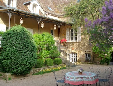 Au cœur de la Bourgogne du Sud... - Bed & Breakfast