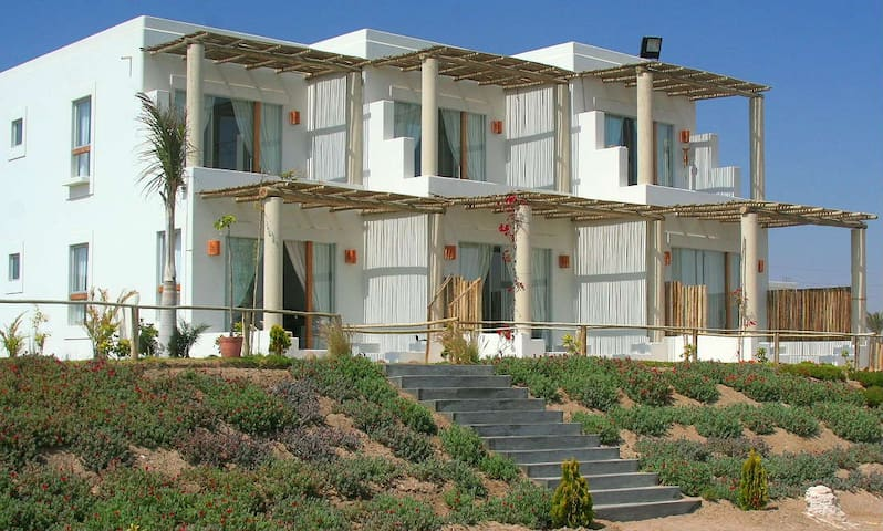 Beautiful bayfront beachsuite B - Paracas - Villa