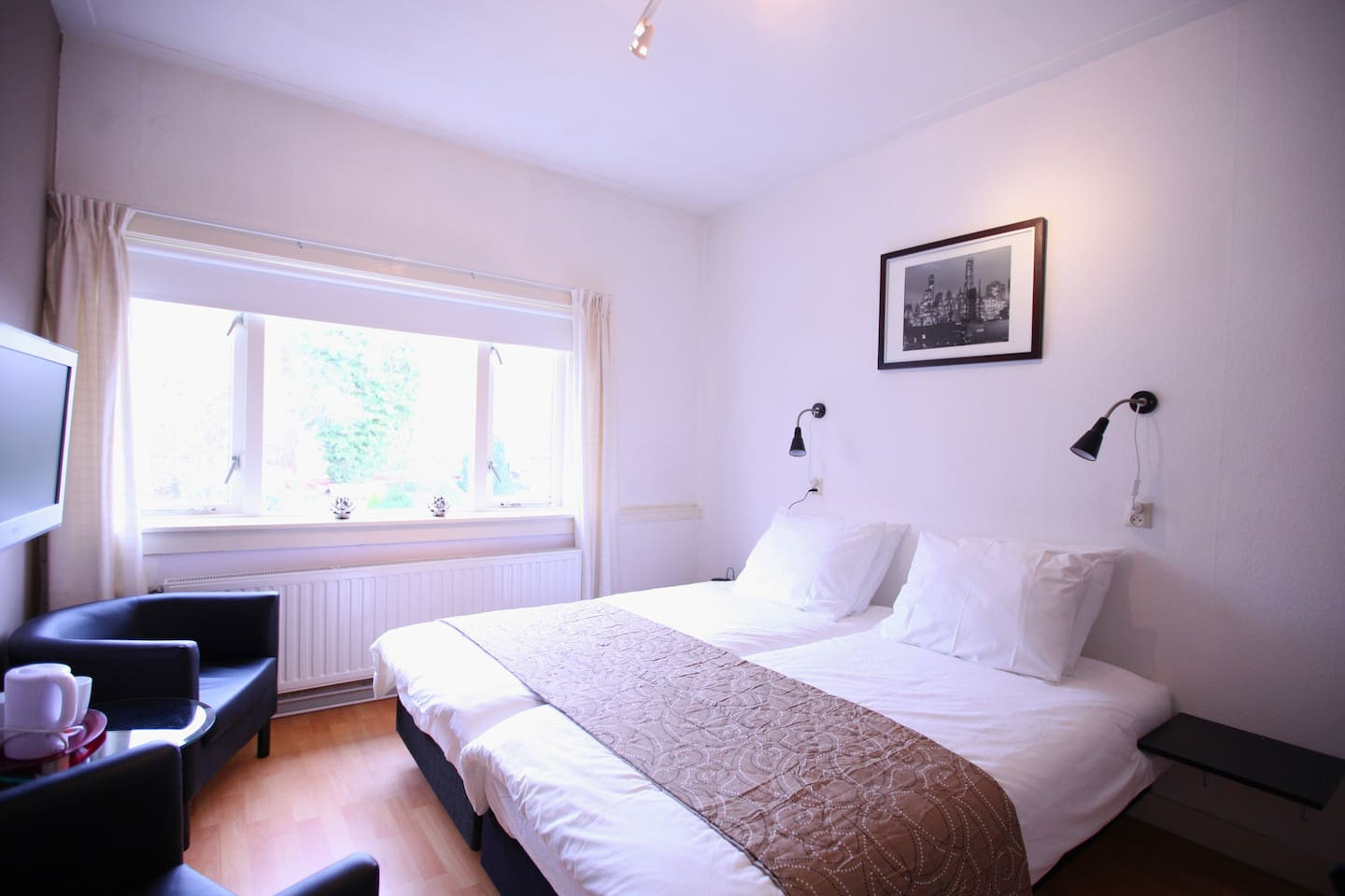 Top 20 bed and breakfasts leiden: inns and b&bs   airbnb leiden ...