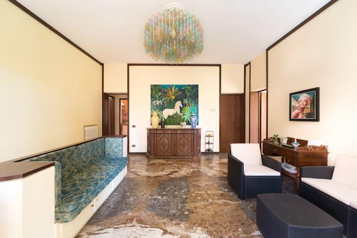 Liberty Villa - Lido Venezia- Venice - Triple room