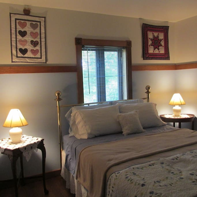 Quilt Room-Queen Bed