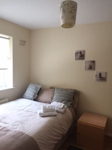 Private, Cosy Room in London