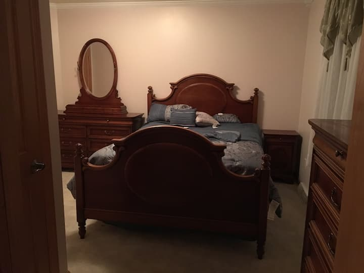 Comfort of home with 2 bedrooms-can sleep up to 6