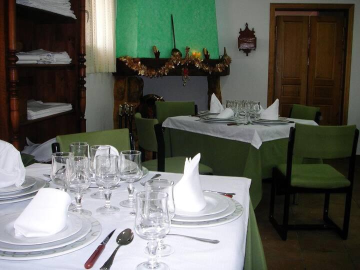 "Hotel Rural ""El Cuco"" Super Bed and Breakfast!!!"