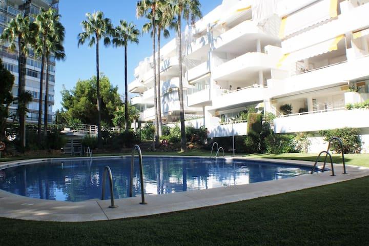 Lujoso Apartamento Marbella Este Zona Rio Real
