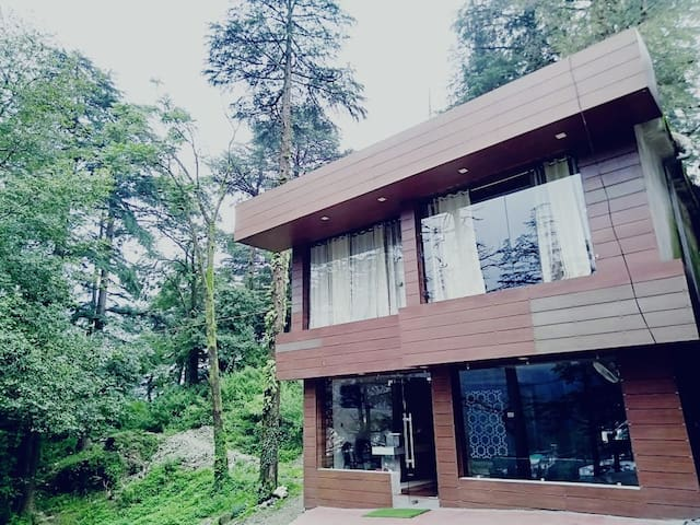 ♠️Boutique Stay-5-BBQ|WiFi|Parking @ Mcleodganj♠️