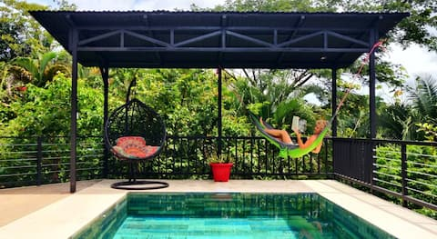 CASA TROPICAL-2 bdrm w private pool & jungle view