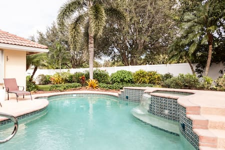 Home Away From Home - Lake Worth - Talo