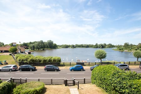 3 The Haven in Thorpeness with views of the lake - Suffolk