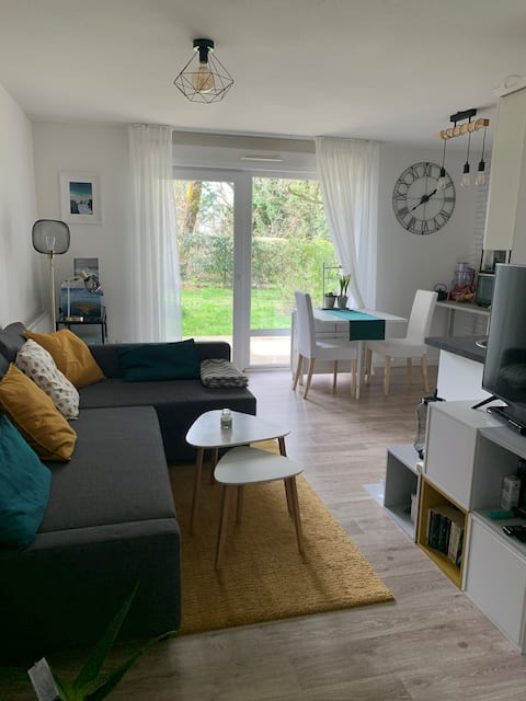 Joli appartement en rez-de-jardin vue boisée
