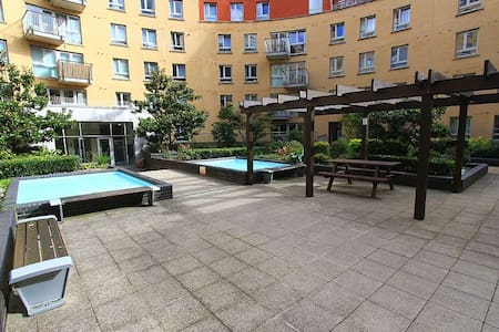 2 bedroom flat -good reviews -Holloway Rd Station