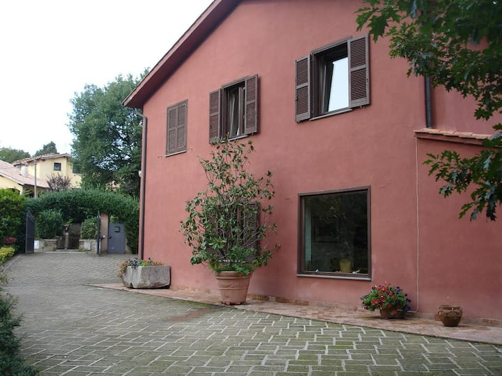 Villa Farnese, camera matrimoniale