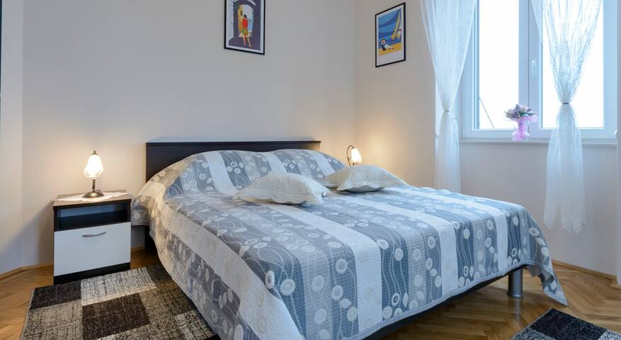 Cute one bedroom apartment close to the Old Town
