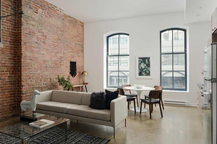 Sonder | Penny Lane | Architectural 1BR