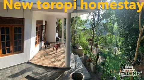 New toropi homestay