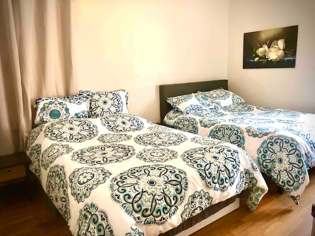 2 Full Size Double Beds in Bedroom #2.