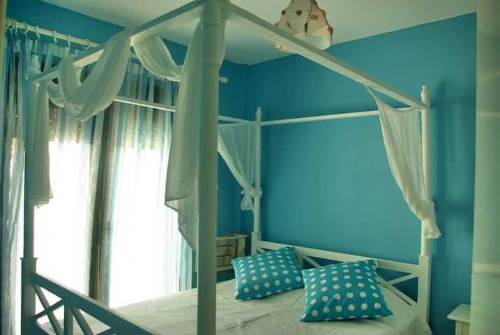 NICE SMALL FLAT BY THE BEACH!!!! - Chalkidiki - Huoneisto