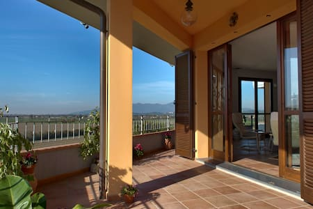 Amazing Tuscan Home with Views! - Montopoli in Val d'Arno