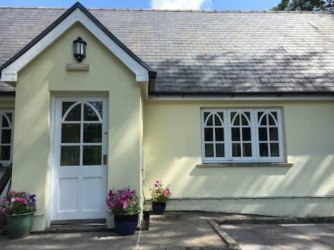 Watling Cottage - Peaceful Rural Retreat
