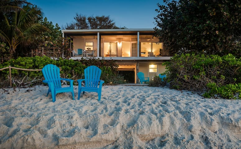 MAY SPECIALS!-Beachfront Home-Private & PERFECT